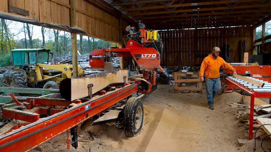Wood-Mizer LT70 sawmill and board edger system