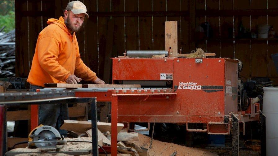 Wood-Mizer EG200 twin-blade board edger