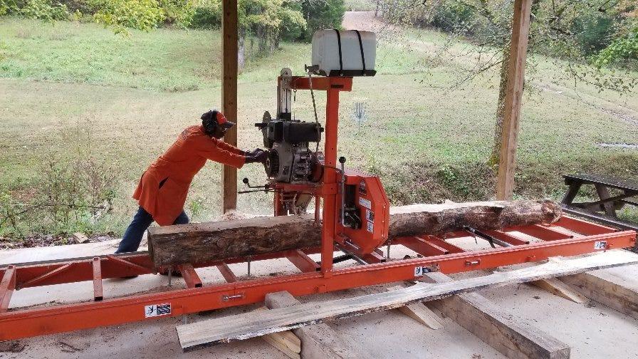 Narrow Gate portable sawmill