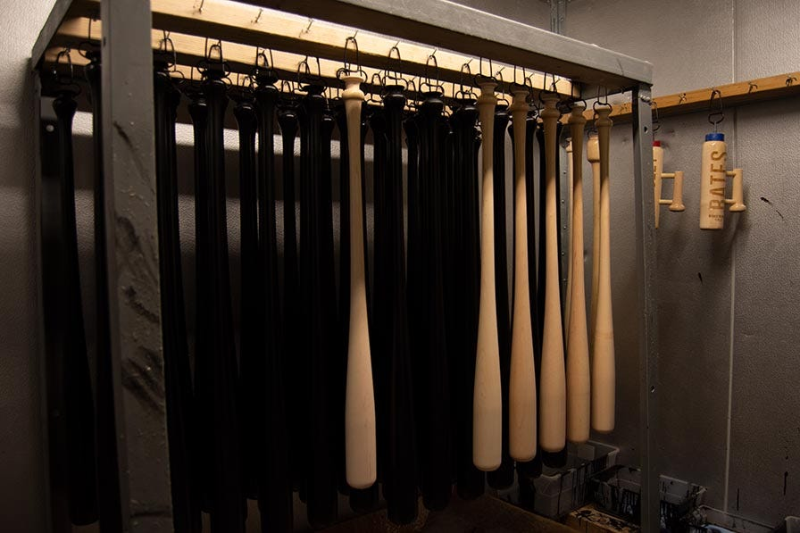 Drying baseball bats