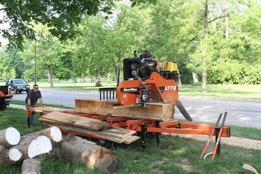 Wood-Mizer LT70 cutting